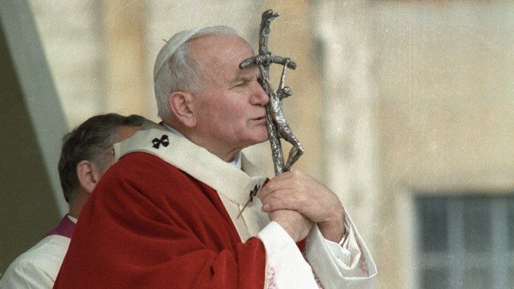 Saint John Paul II: To believe in Christ means to desire unity