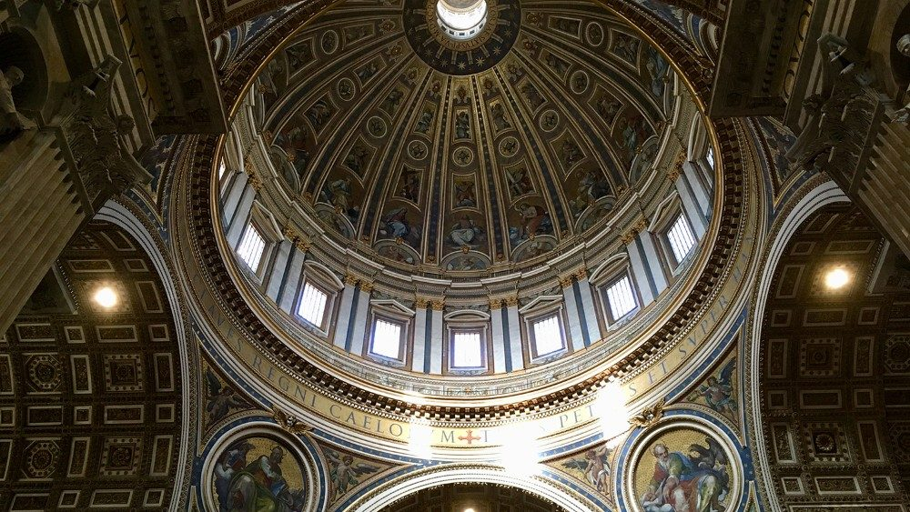 Petersdom Kuppel von innen.JPG