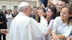 Papa. Carta Cristo Vive a jóvenes: corran más rápido que los lentos y temerosos