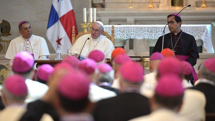 聖ロメロ大司教を模範に」教皇、...