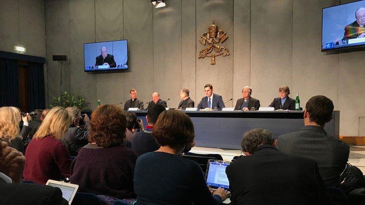 Konferencja w Biurze Prasowym Stolicy Apostolskiej