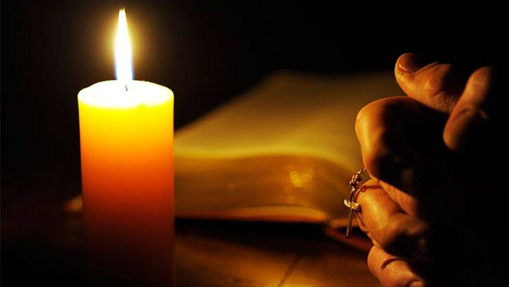 Bibbia-e-preghiera-vangelo.jpg