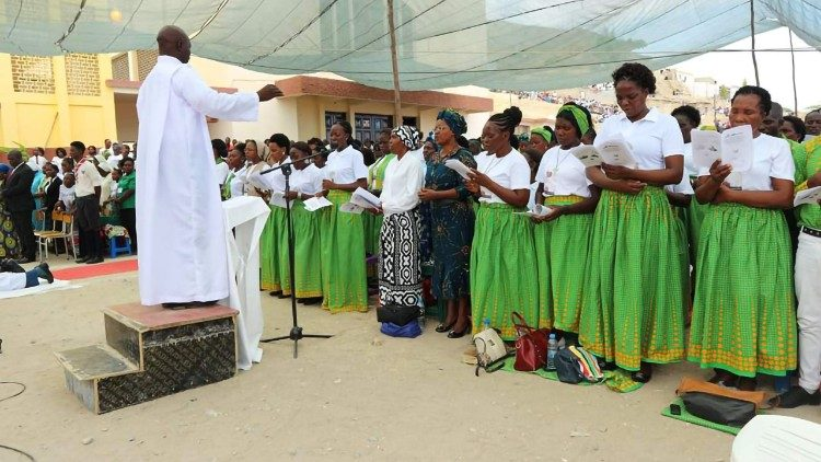 An open-door Eucharist celebration in Lobito, Angola