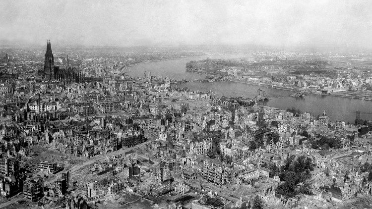 Destruction of city of Cologne during World War 2