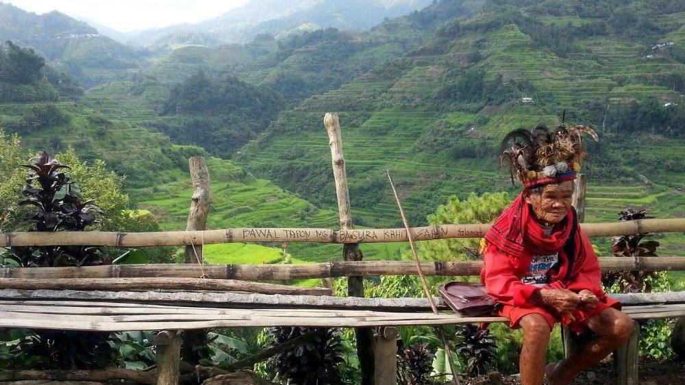 Indigeni della foresta amazzonica