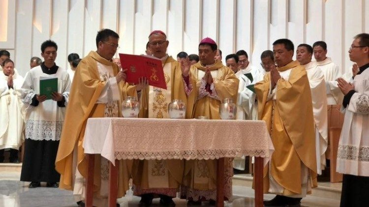 Chrism Mass in Chinese Diocese of Mindong