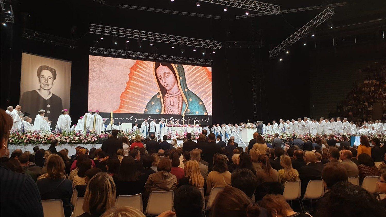 Beatificazioni rinviate, Becciu: non sostituibili con cerimonie virtuali