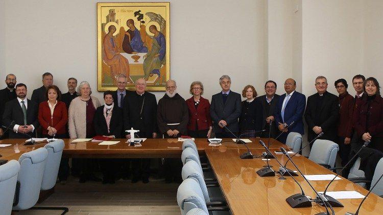 Charis: el nuevo servicio para la Renovación Carismática Católica