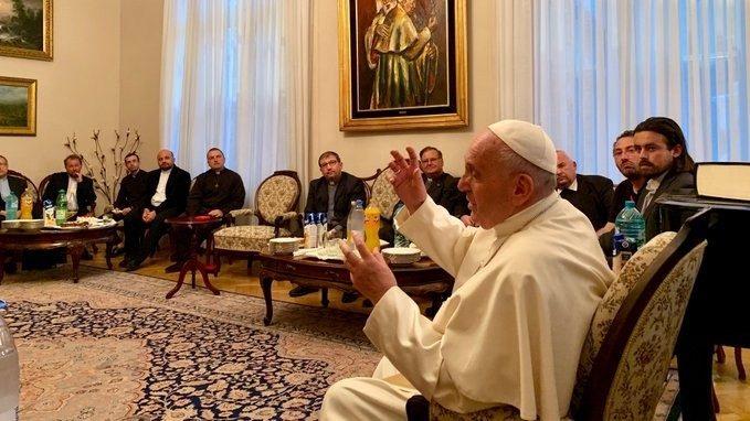 Incontro Papa con i Gesuiti di Romania