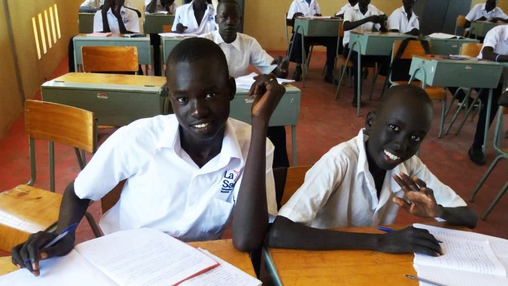 Giovani studenti africani
