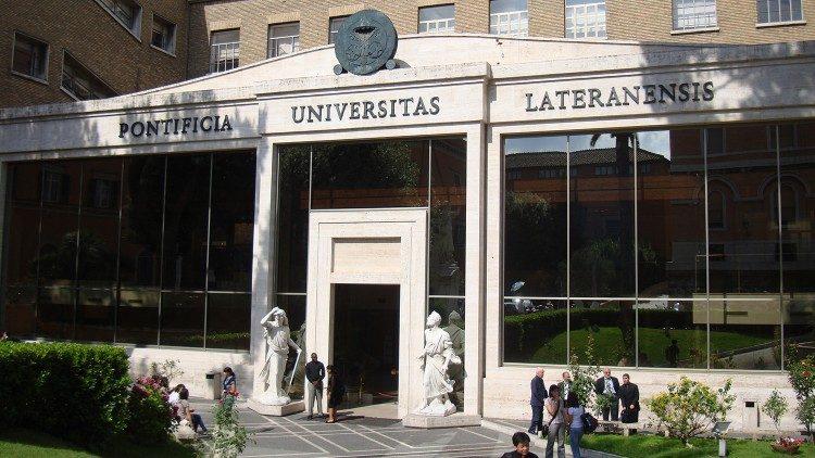 Pontificia Universidade Lateranense, sede do Pontifício Instituto João Paulo II