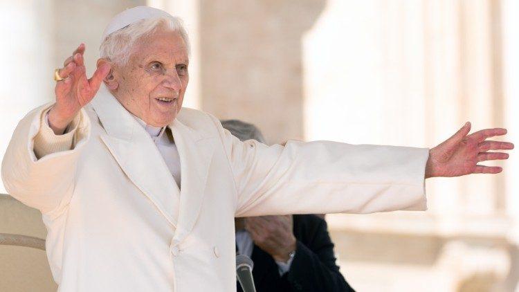 Benedykt XVI na niezapowiedzianej wycieczce