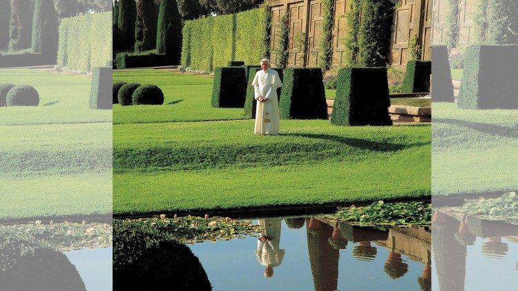 Pope emeritus Benedict XVI visits papal summer residence near Rome - Vatican News