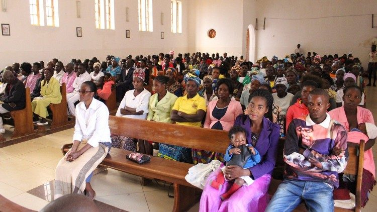 The Catholic faithful in Angola