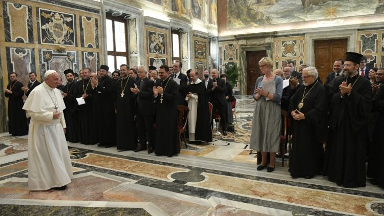 Pope: study of Eastern Church law helps ecumenism - Vatican News