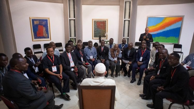 Pope Francis meets Jesuits in Mozambique