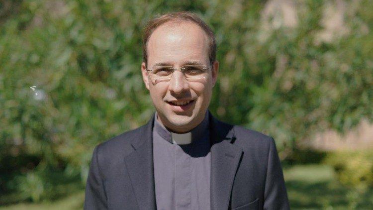 Don Thomas Widmer, chapelain de la Garde Suisse pontificale