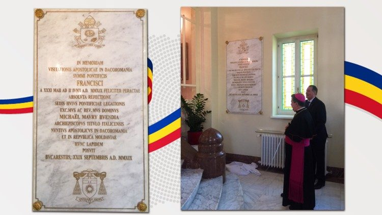 2019.10.01 Targa commemorativa Papa in Romania