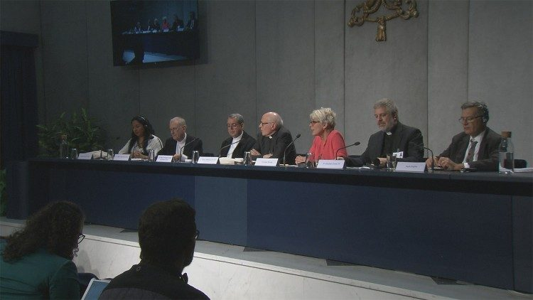Amazon Synod Press Briefing: The spiritual dynamic of the Synod - Vatican News