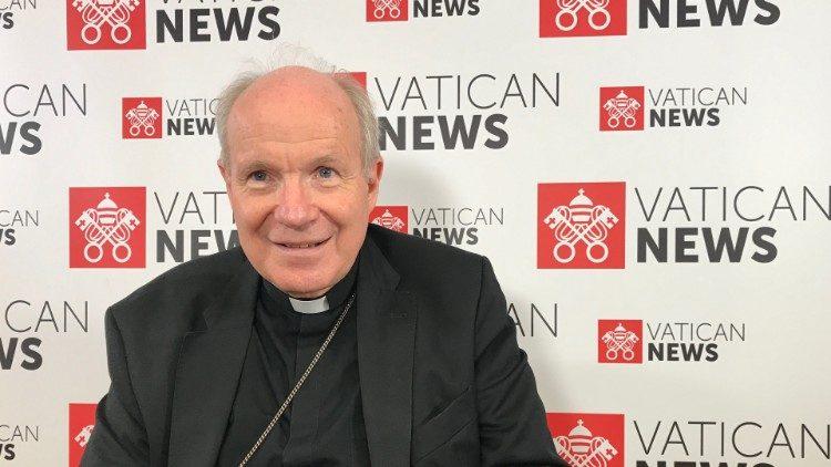 Le cardinal Christoph Schönborn, archevêque de Vienne, dans les locaux de Radio Vatican