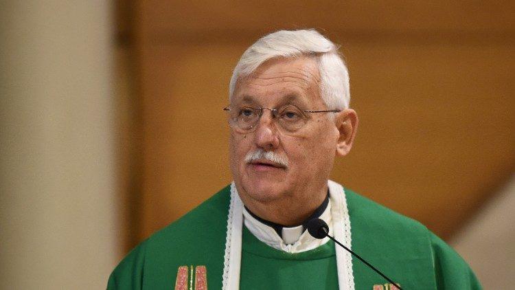 Le père Arturo Sosa, préposé général des jésuites, ici lors d'une messe en Slovénie en octobre 2019.