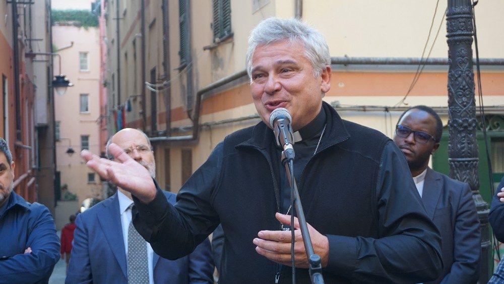 Il cardinale Konrad Krajewski (repertorio)