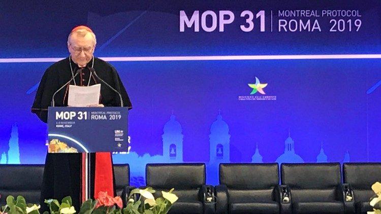 Card. Parolin lê a mensagem do Papa na MOP 31