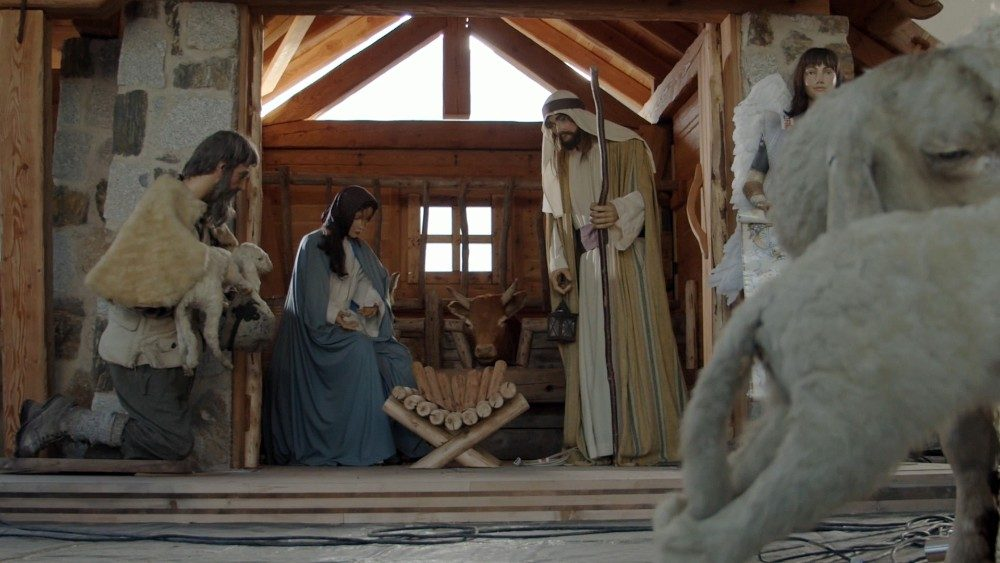 Presepe-di-Scurelle-video-trentino.mp4.00_01_26_23.Immagine013.jpg