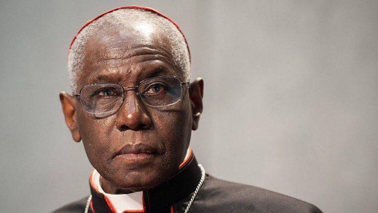 Cardinal Robert Sarah, préfet de la Congrégation pour le Culte divin et la Discipline des Sacrements.