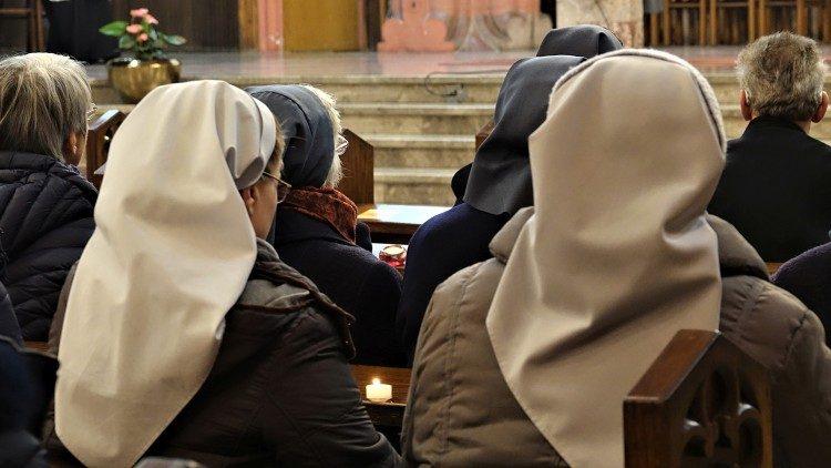 2020.02.01 La messa alla giornata della vita consacrata a Rakovnik presieduta da mons Stanislav Zore