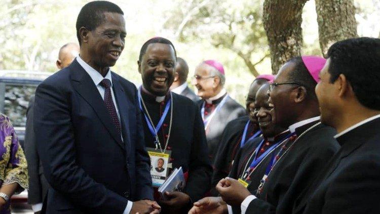 2020.02.05 Zambian President Lungu incontra i vescovi dello Zambia, Malawi and Zimbabwe