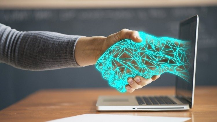 "P. Benanti: Etika mora ""okužiti informatiko"" ... potrebujemo ""algor-etiko"""