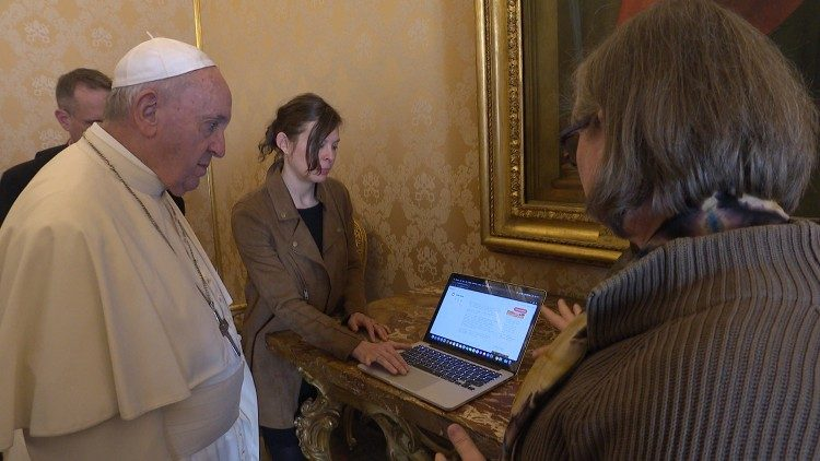 Sr Gabriella Bottani explains the Super Nuns initiative to Pope Francis
