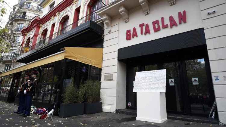 Entrance to the Bataclan