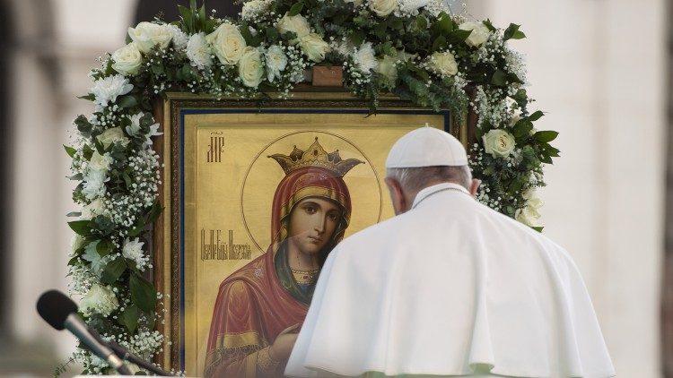 2020.03.11 Papa Francesco e Madonna