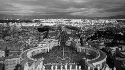 Vatikan: Osterfeiern ohne Pilger