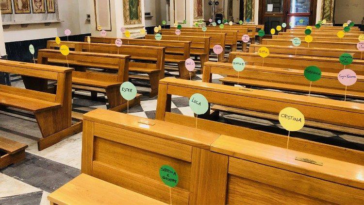 O interior de uma igreja em tempos de coronavírus