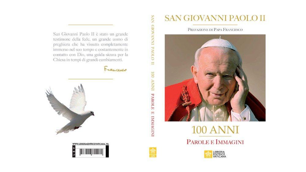 """La copertina del libro """"100 Anni. Parole e immagini"""", edito dalla Libreria Editrice Vaticana"""