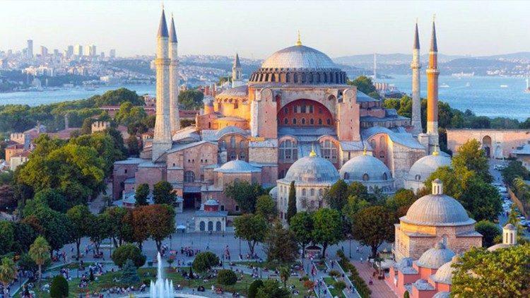 2020.06.02 Chiesa Santa Sofia in Turchia
