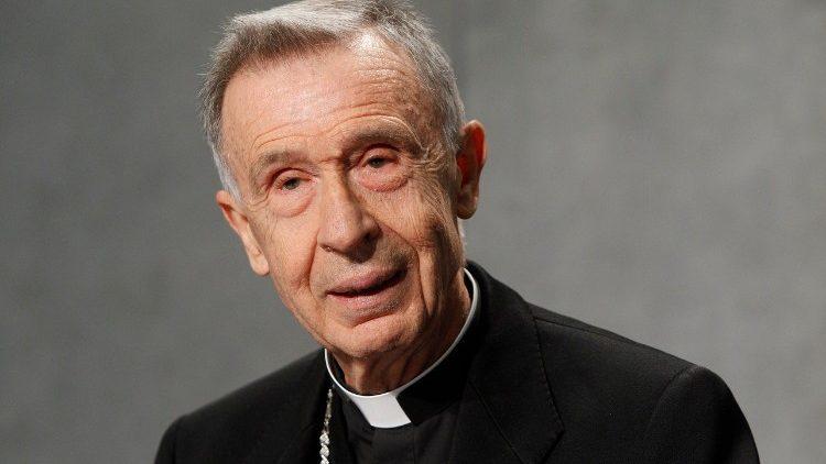 Le cardinal préfet, Luis Francisco Ladaria Ferrer