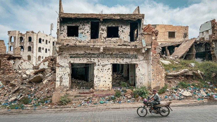 Destruction caused by conflict in Yemen
