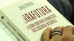新书《未来的大地:与教宗方济各就整体生态学的交谈》