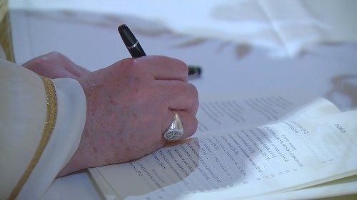"Pope Francis signing the new Encyclical ""Fratelli Tutti"" in Assisi, 3 October"