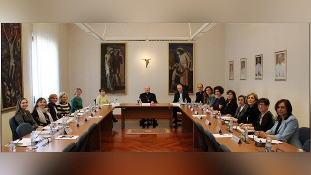 Mujeres en el Vaticano