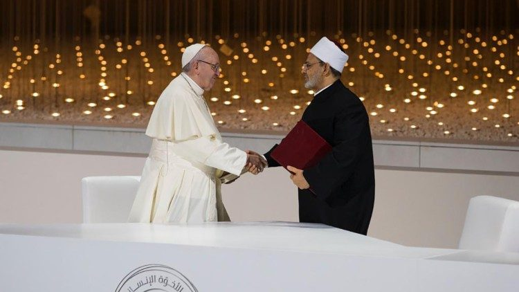 Pope Francis and the Grand Imam Al-Tayeb of Al-Azhar, signing of the Document on Human Fraternity, 4 February 2019