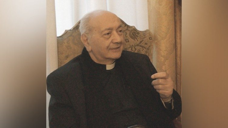 Padre Giandomenico Mucci s.j.