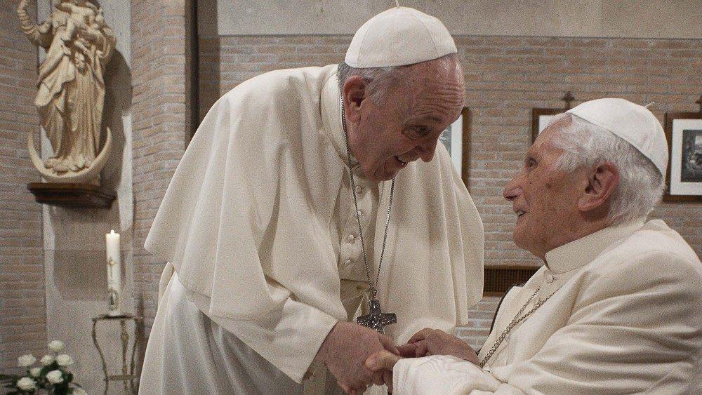 ĐTC Phanxicô và các tân Hồng y thăm Đức Biển Đức XVI