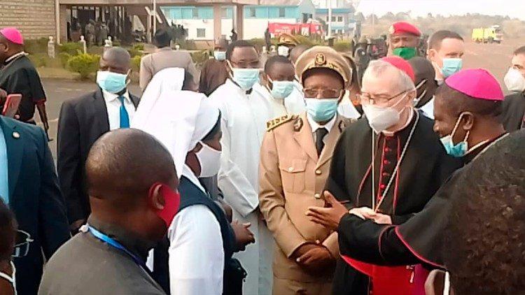 Đức Hồng y Parolin thăm Camerun