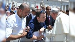 "Vincent Doyle greets Pope Francis with the words ""I am the son of an Irish priest"" – June 4, 2014"