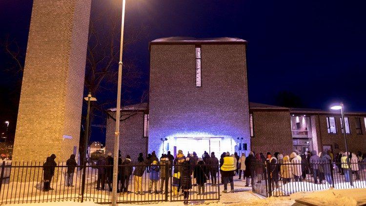Giáo phận Trondheim của Nauy cử hành lễ Tro dưới trời tuyết